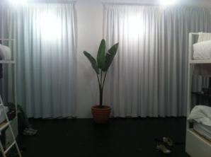 unser krasser Schlafsaal, alles gerade neu renoviert!